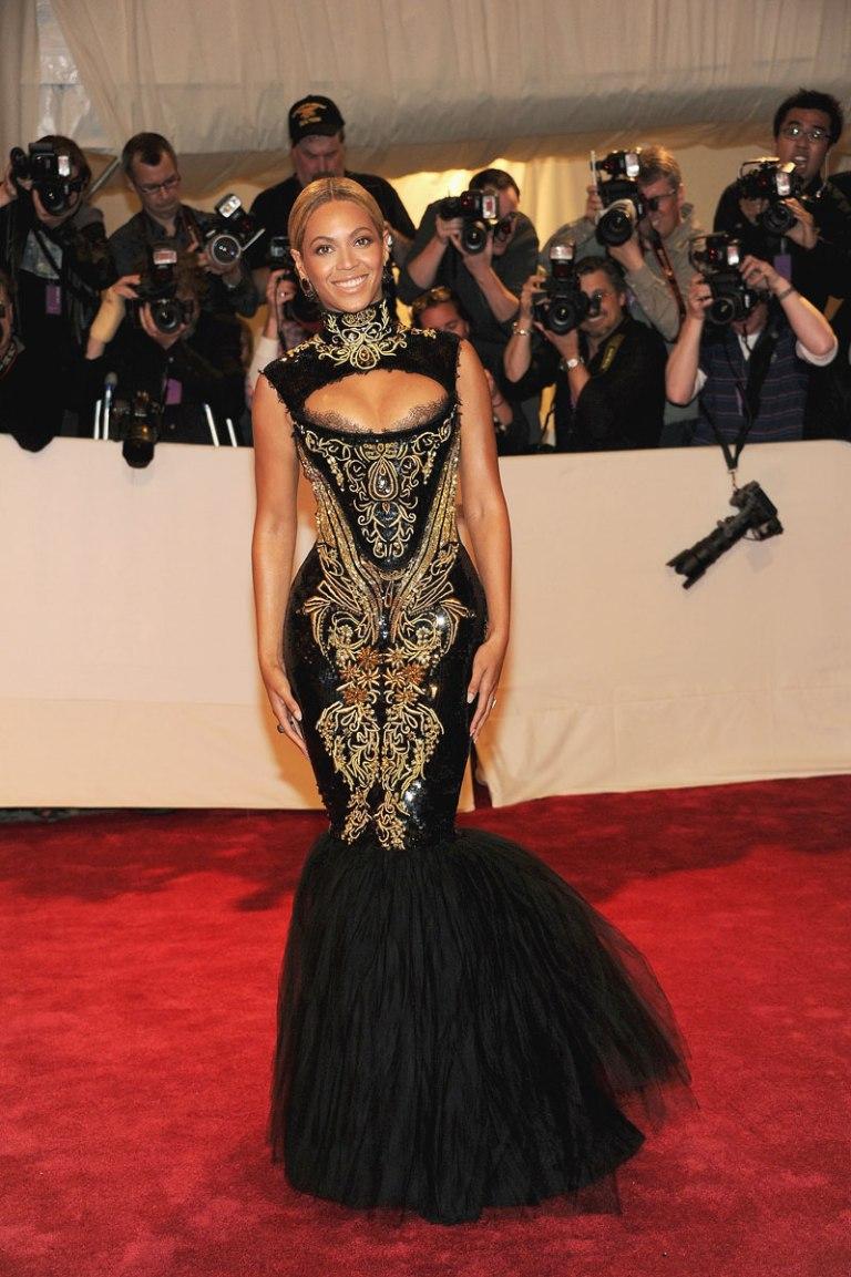Beyonce-Met-Gala-Dress-2011